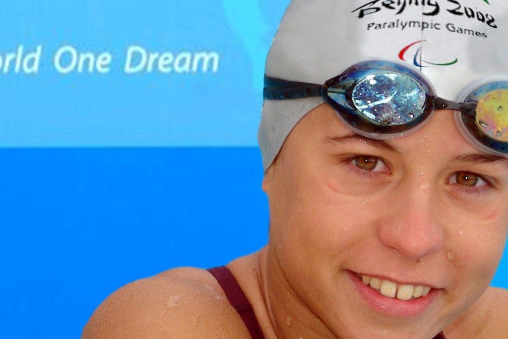 La nadadora paralímpica Ester Rodríguez, protagonista en 'Deporte con E de Mujer'