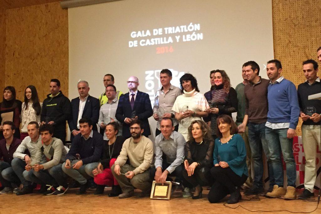 La Federación regional de Triatlón premia en Salamanca a sus deportistas