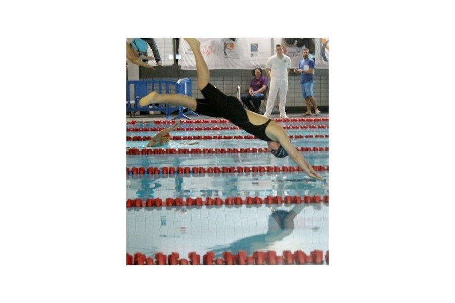 Medina del Campo y Palencia acogen la segunda jornada de la competición autonómica para nadadores con discapacidad