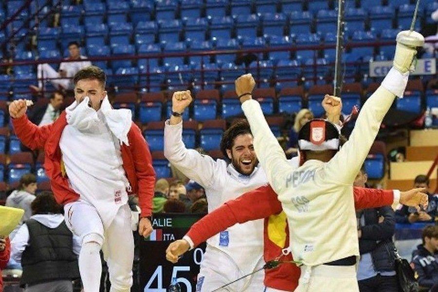 Los burgaleses Álvaro Ibáñez y Manuel Bargues campeones de Europa sub23 de espada