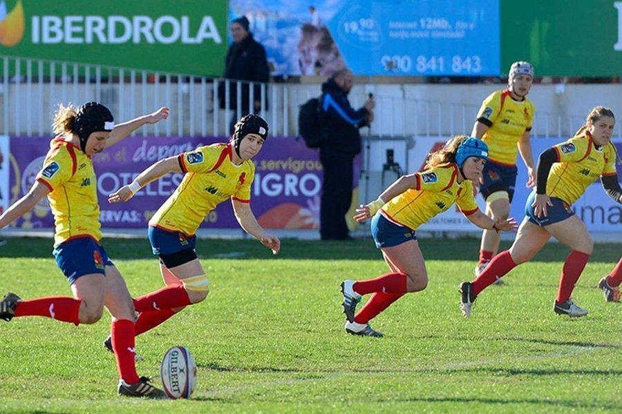 Las Leonas preparan en Valladolid el Mundial de Rugby jugando un amistoso contra Hong Kong