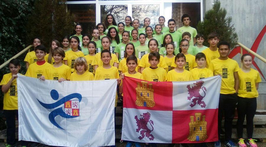 Cien atletas participan en las tres concentraciones organizadas por la Federación de Atletismo de Castilla y León