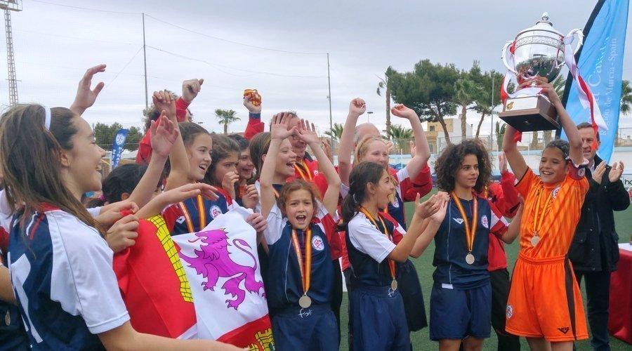 Castilla y León consigue un histórico subcampeonato de España en fútbol 8 femenino
