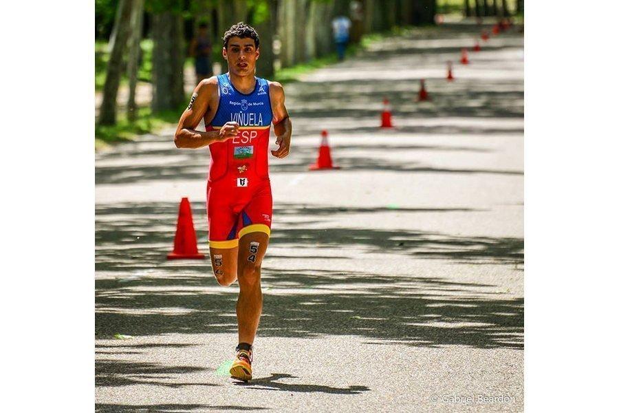 El leonés Kevin Viñuela espera hacer un buen papel en la Copa de Europa de Triatlón