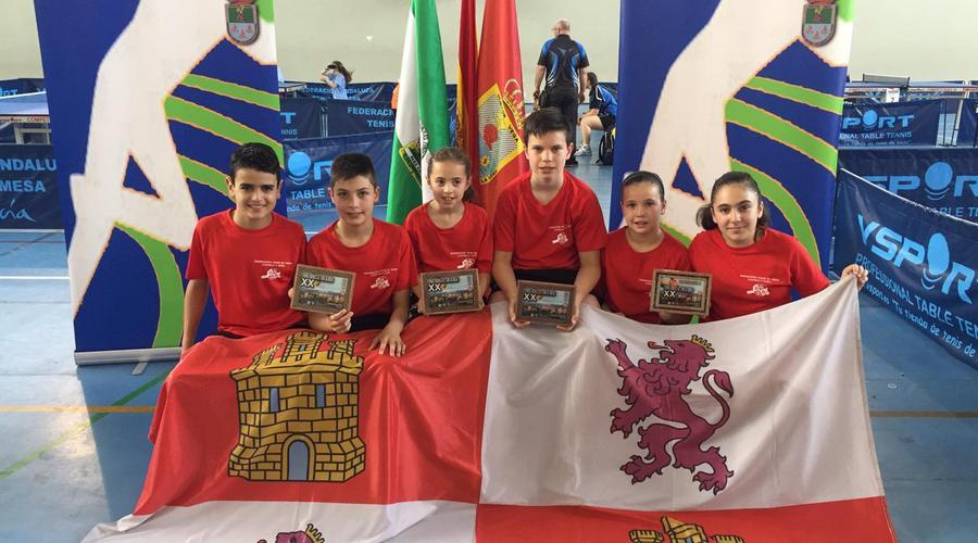 Castilla y León se proclama campeón de la Copa Ibérica alevín de Tenis de Mesa
