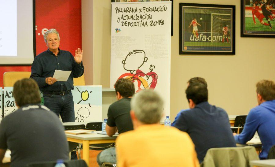 Del Big Data, destrezas psicológicas y competencias, al modelo de éxito en el fútbol base