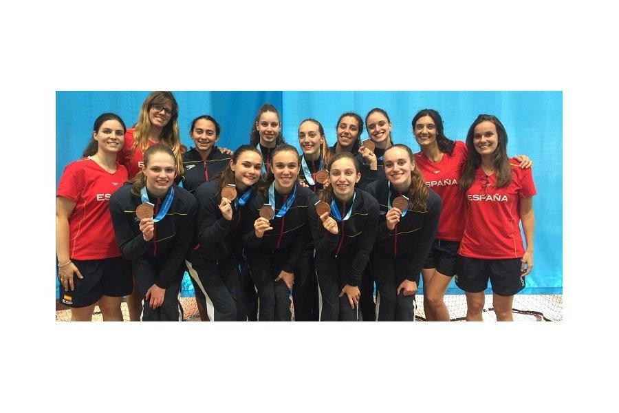 Las vallisoletanas Selena Gómez y María Macías, bronce en el Europeo Júnior de natación sincronizada