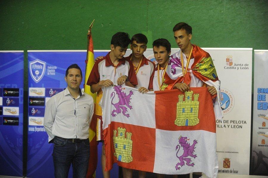 Álvaro Vegas y Rodrigo Bratos, plata en Olímpico, y Lucía Moro y Lucía González, bronce en Paleta Goma.