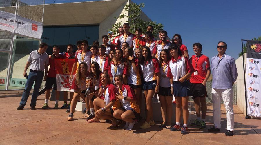 El pádel de Castilla y León de menores, campeón de España