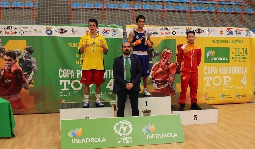Castilla y León domina en la Copa Presidente de Boxeo celebrada en Salamanca