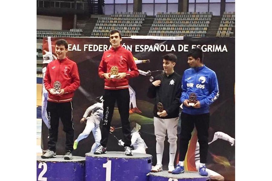 Burgos domina la esgrima nacional proclamándose campeón de España de Espada masculina y bronce en femenina cadetes