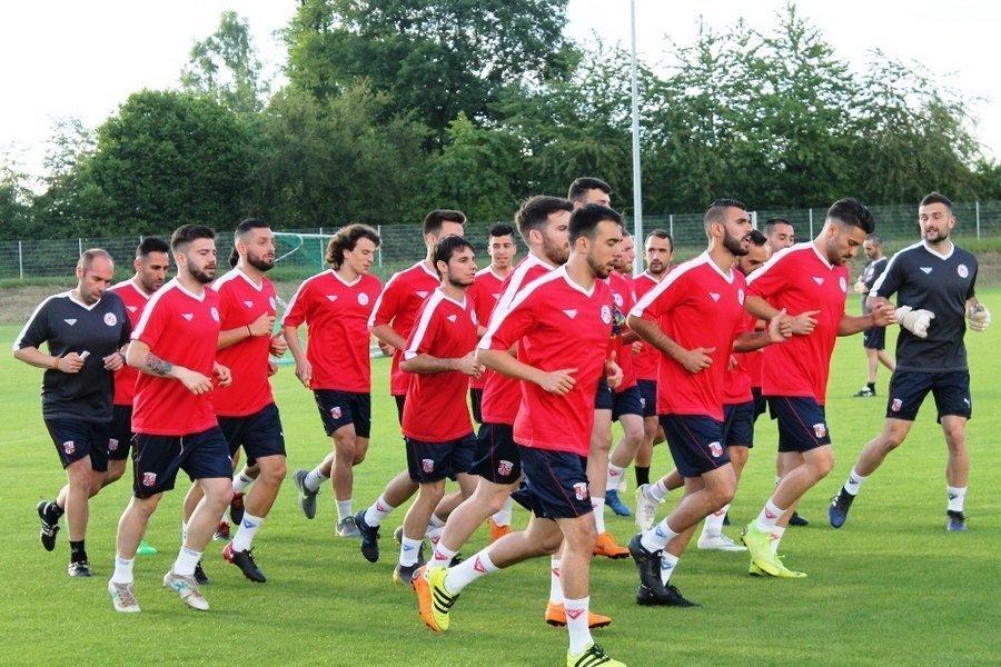 La selección de Castilla y León de fútbol debuta ante la República Checa el martes en la Copa de regiones UEFA