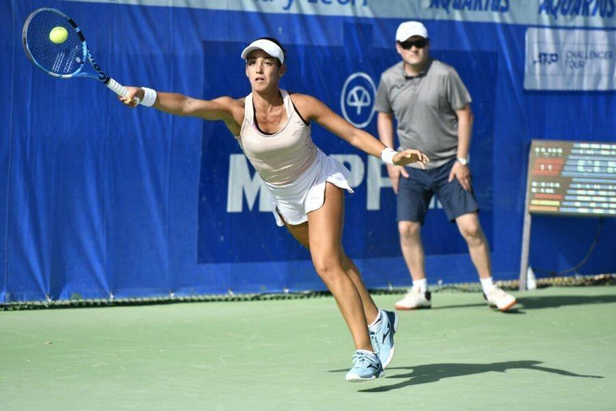Intensa actividad en el Open de tenis Villa de El Espinar con 29 partidos jugados en la jornada del miércoles