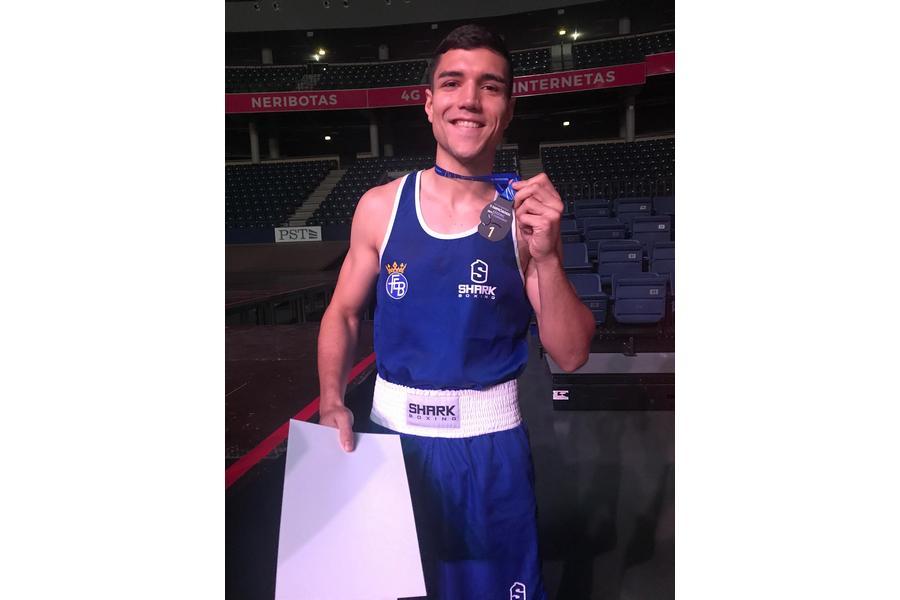 Los boxeadores de Castilla y León, Miguel Cuadrado y Enmanuel Reyes, consiguen el oro en Lituania con el combinado español