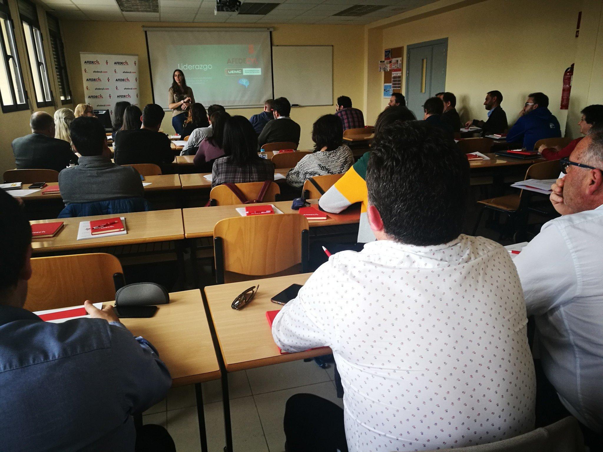 'Liderazgo' de la psicóloga Lara Jiménez inaugura el curso de Dirección de Entidades Deportivas, organizado por AFEDECYL