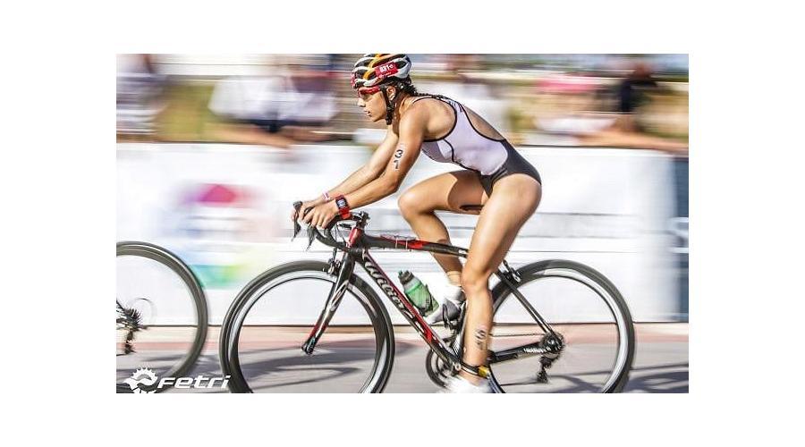 La triatleta de Cuéllar, Marina Muñoz, seleccionada para el Campeonato de Europa sub 23 de Duatlón