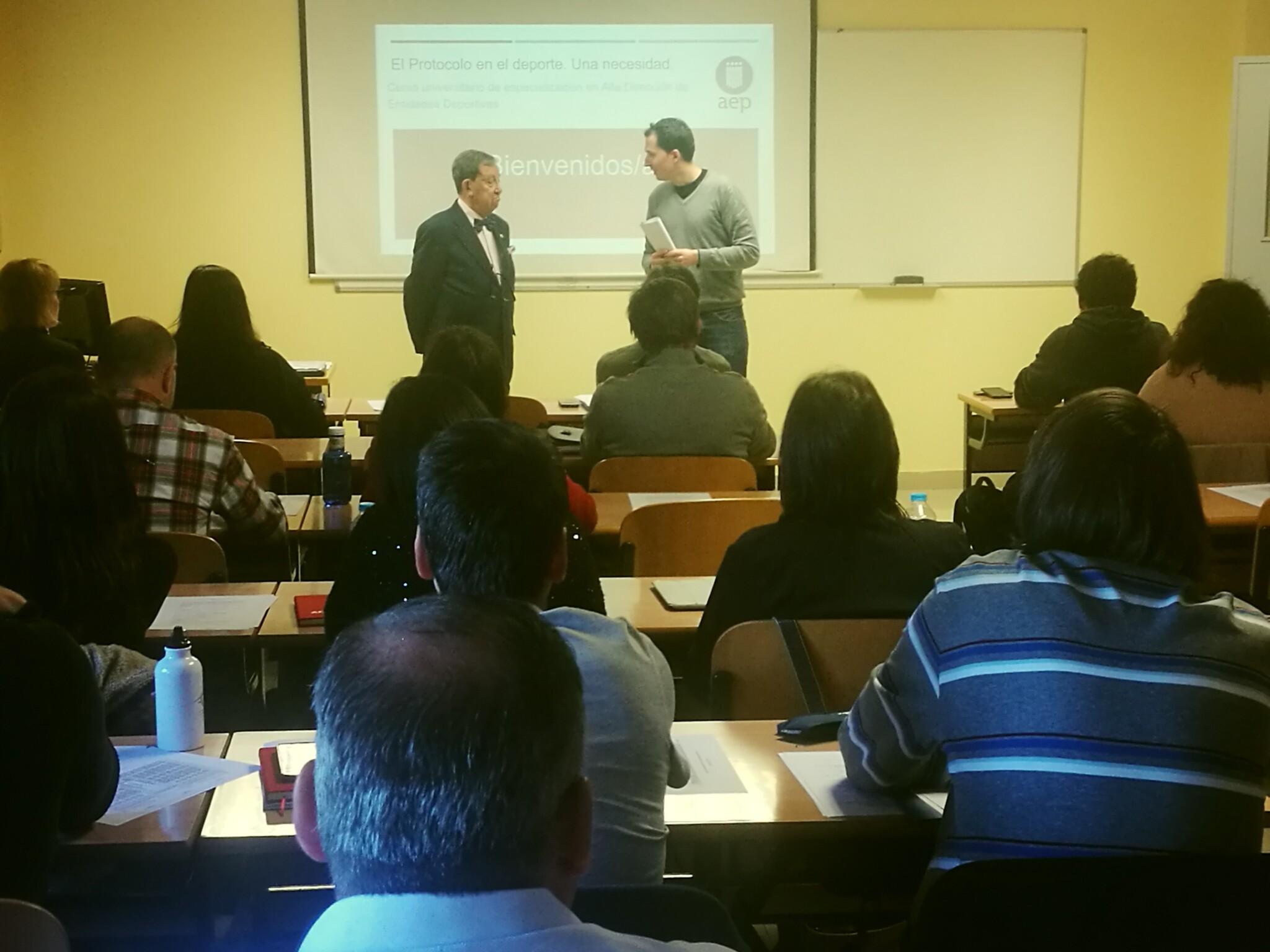 El módulo  'Contrato de Trabajo en el Ámbito Deportivo', cierra el Curso Universitario de Gestión Deportiva