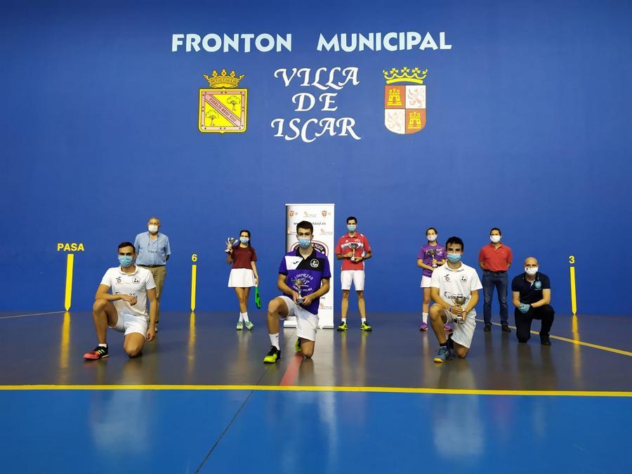 El club Frontenis Palencia y el Puertas Bamar de Íscar consiguen el título regional de Paleta Goma