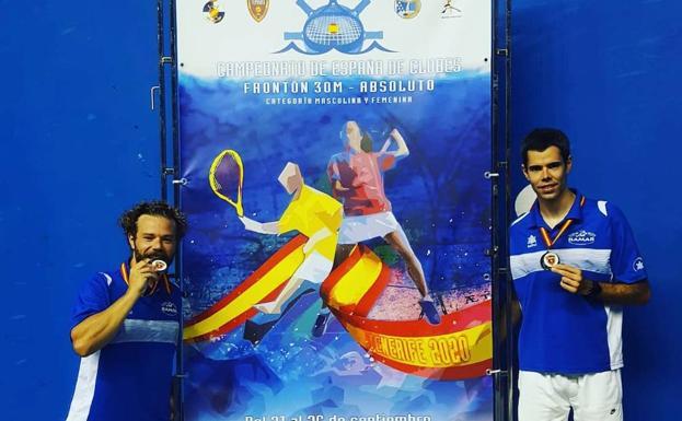 El club vallisoletano 'Puertas Bamar' de Frontenis, plata en el Nacional celebrado en Tenerife