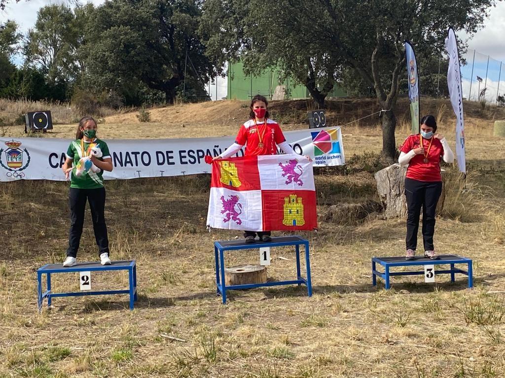 La soriana Raquel Frías, campeona de España de Tiro con Arco de Campo y plata en 3D