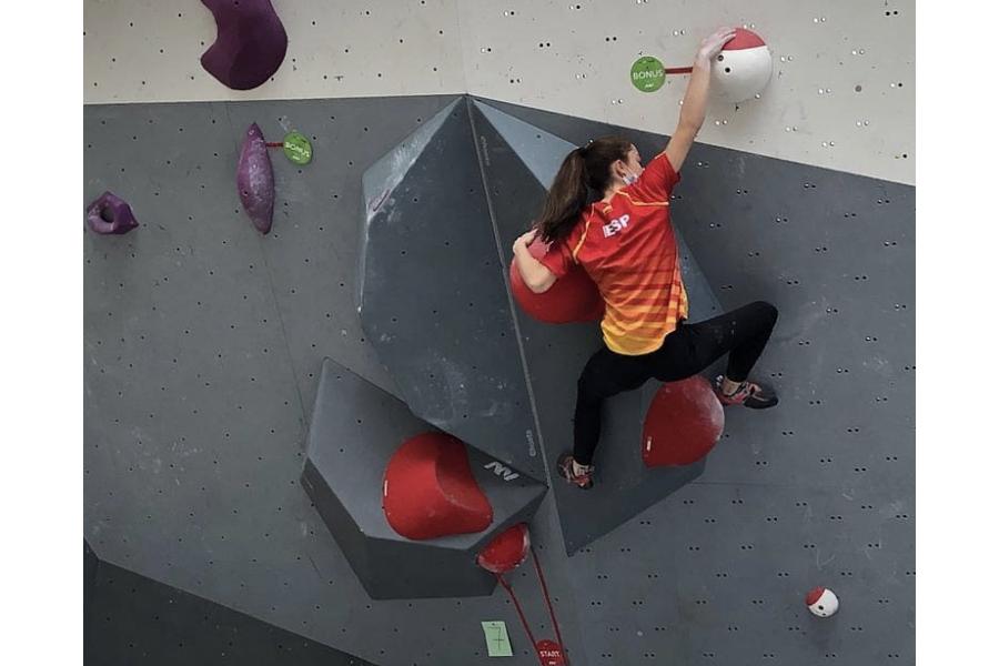 Los Campeonatos de Europa Juveniles esperan a la escaladora Iziar Martínez