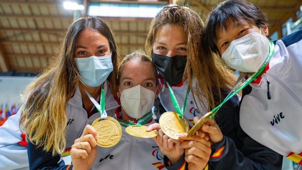 Los paralímpicos Marta Fernández y Luis Huerta logran ocho medallas en el Campeonato de Europa de Natación