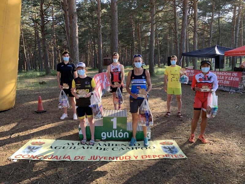 Olea y González marcan el regreso de los vencedores del triatlón regional