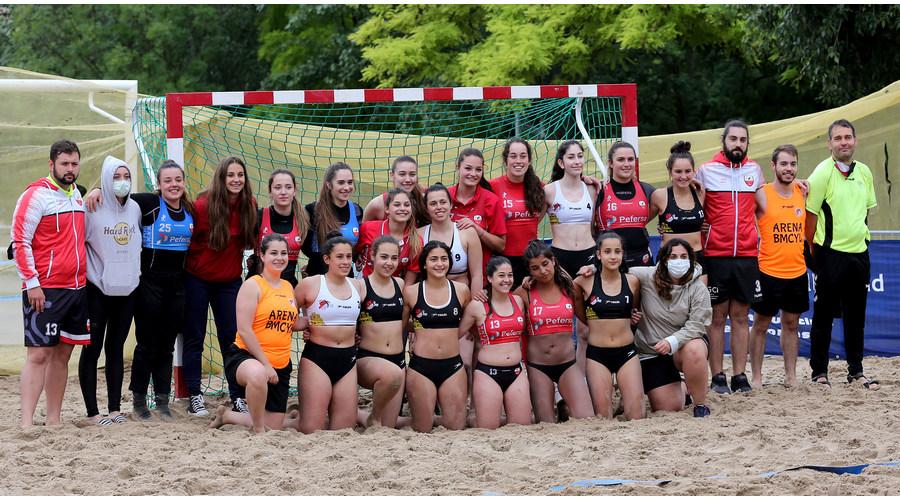 Cantabria domina en la arena del Pisuerga y se proclama campeona del III Torneo de Balonmano Playa