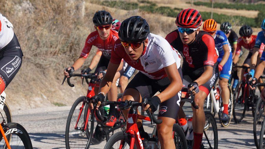 Los ciclistas y equipos de Castilla y León dejan huella en la Vuelta Ciclista Junior a la Ribera del Duero
