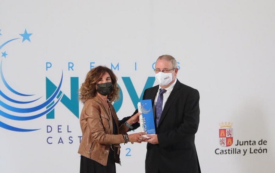 AFEDECYL recibe el 'Premio Calíope' por su compromiso con la Igualdad y la difusión del deporte femenino