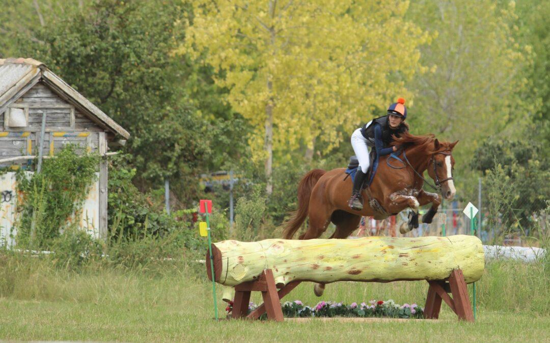La amazona suiza Lucie Duc, se impuso en la categoría 100 en Tordesillas